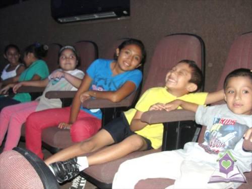 Niños de Leona Vicario en el Planetario
